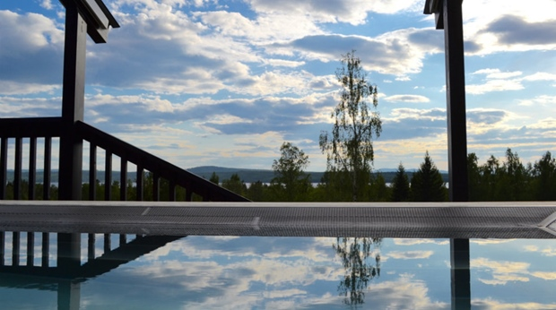 Outdoor spa with an amazing view at Quality Dalecarlia Hotel in Tallberg