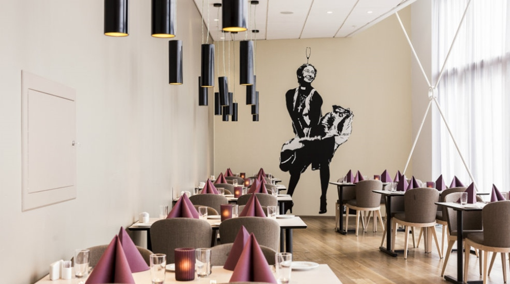 Chic hotel restaurant at Quality Edvard Hotel in Bergen