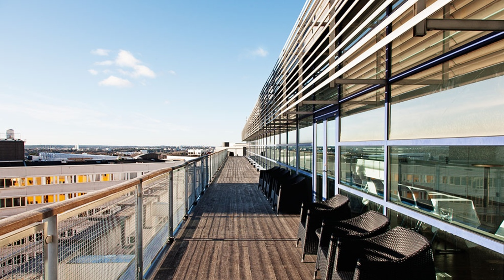 Extensive outdoor terrace with a nice view of the city at Quality Globe Hotel in Stockholm