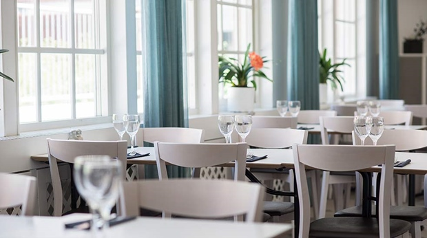 Facilities quality hotel grand kristianstad for Food bar grand hotel stockholm