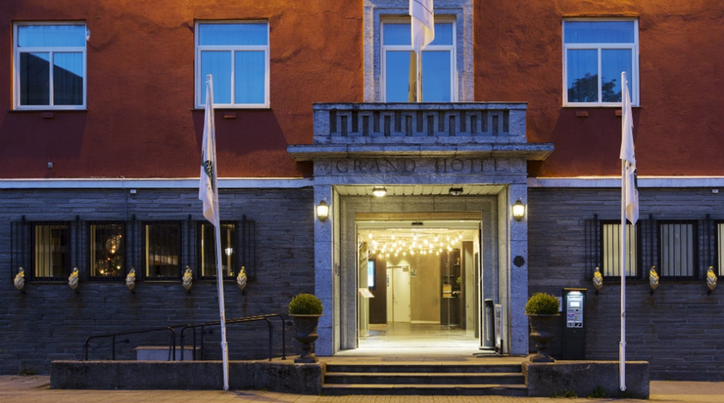 Hotel facade and entrance at Quality Grand Hotel in Kristiansund