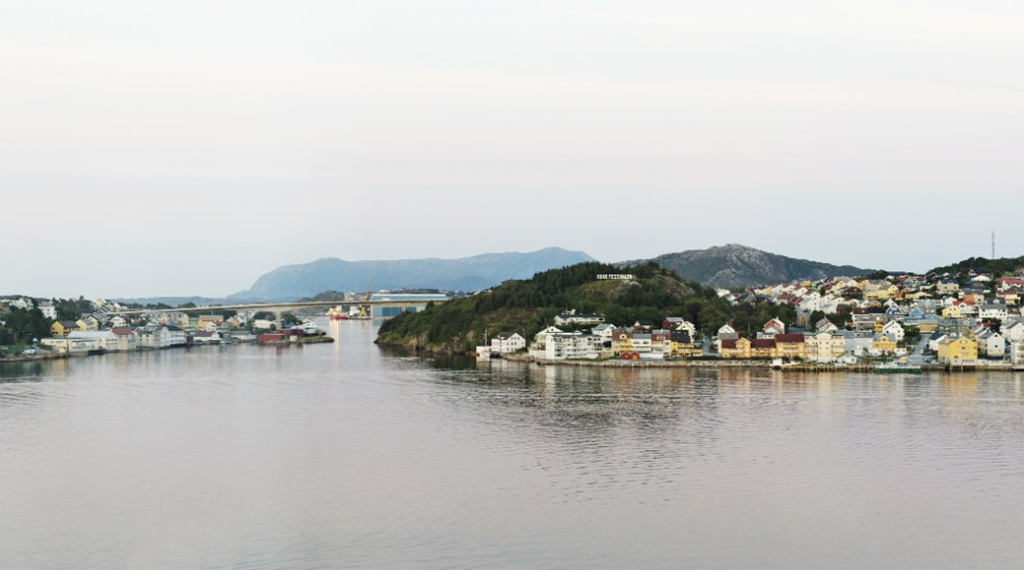 The perfect location by the ocean at Quality Grand Hotel in Kristiansund