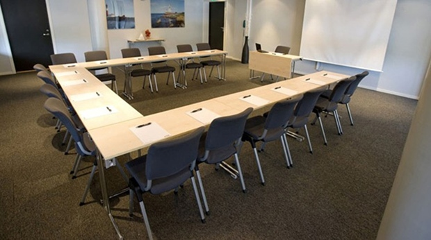 Neat and modern hotel meeting room at Quality Klubben Hotel in Tonsberg
