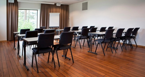 Conference room facility with space for 16 people at Quality Leangkollen Hotel in Asker