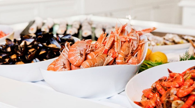 Fresh seafood buffet at Quality Leangkollen Hotel in Asker