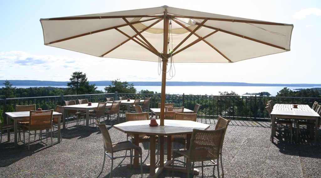 Enjoy the absolutely breathtaking view of the Oslofjord from the terrace at Quality Leangkollen Hotel in Asker