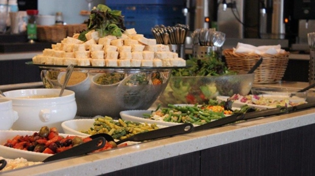 Enjoy the extensive buffet in Restaurant Q at Quality Hotel Lulea