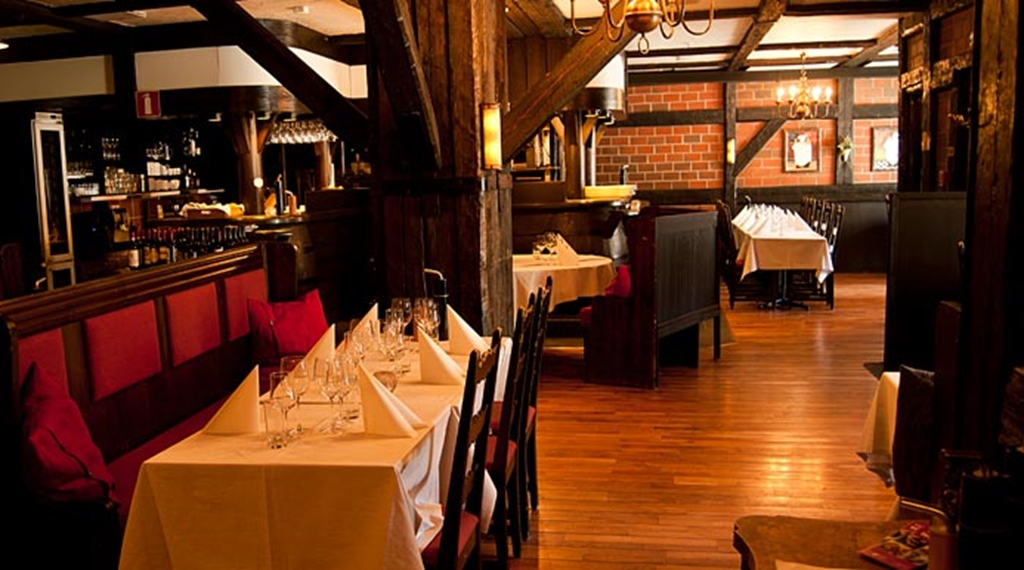 Classy and rustic restaurant at Quality Hotel Lulea