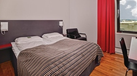 Comfortable and spacious double hotel room at Quality Panorama Hotel in Gothenburg