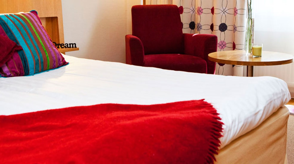 Chic and colourful hotel room at Quality Prisma Hotel in Skovde