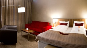 Luxurious and spacious deluxe double hotel room at Quality Residence Hotel in Sandnes