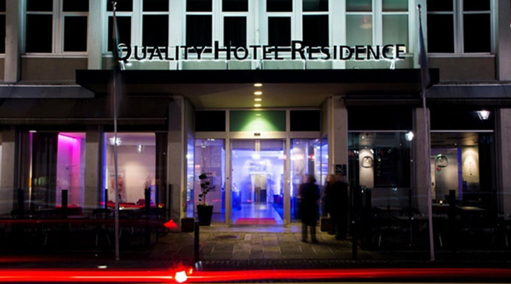 The distinctive entrance of the Quality Residence Hotel in Sandnes