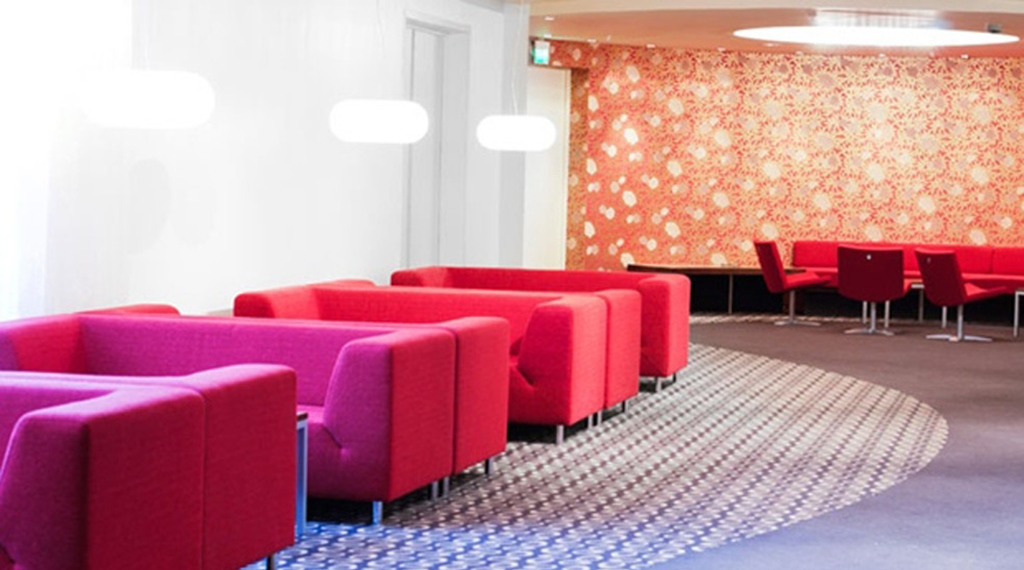 Sleek and colourful lounge at Quality Residence Hotel in Sandnes