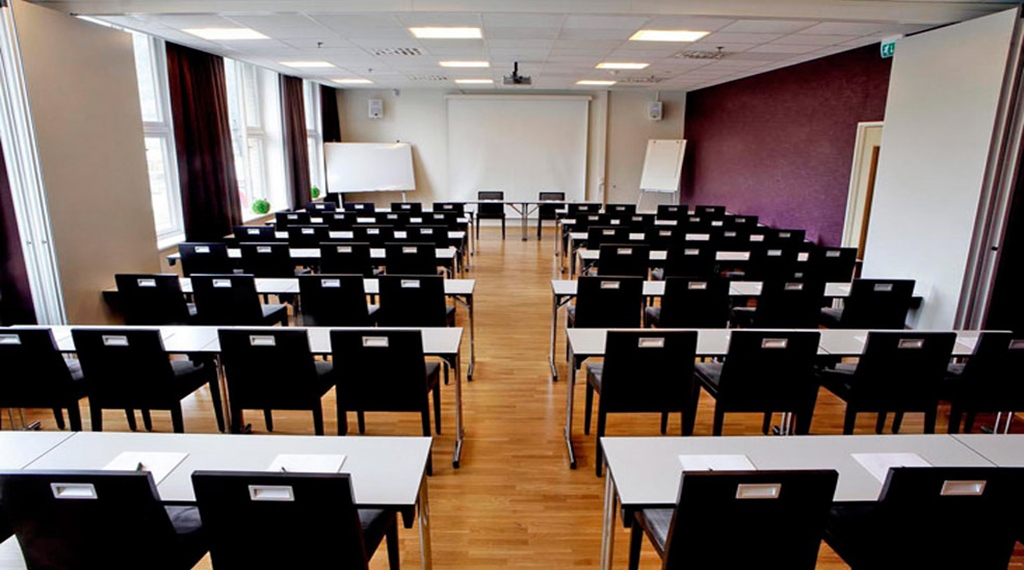 Modern and well-equipped conference room at Quality Saga Hotel in Tromso