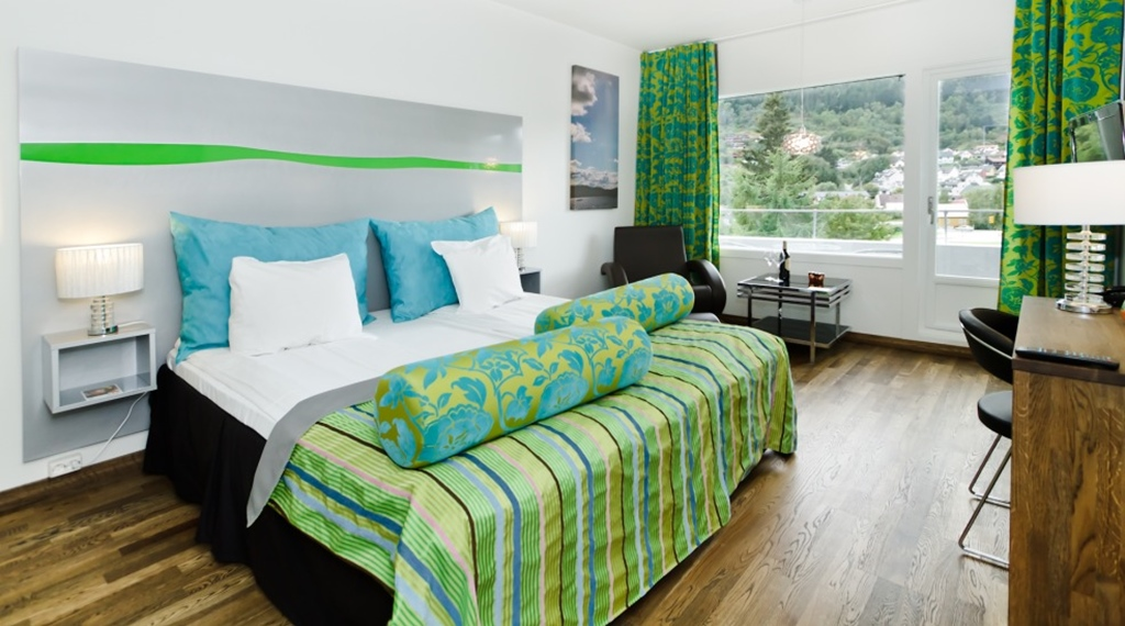 Spacious and colourful hotel room with a nice view at Quality Hotel Sogndal