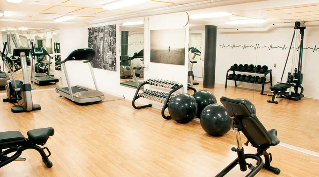 Modern and well-equipped gym at Quality Statt Hotel in Hudiksvall