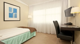 Bright and well-equipped moderate single room Quality Strand Hotel in Gjovik