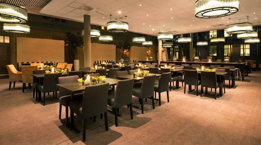 Try out the trendy and cosy Lindahl hotel restaurant at Quality Tonsberg Hotel