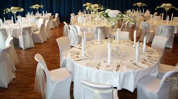 Stylish wedding event held at Quality Ulstein Hotel in Ulsteinvik