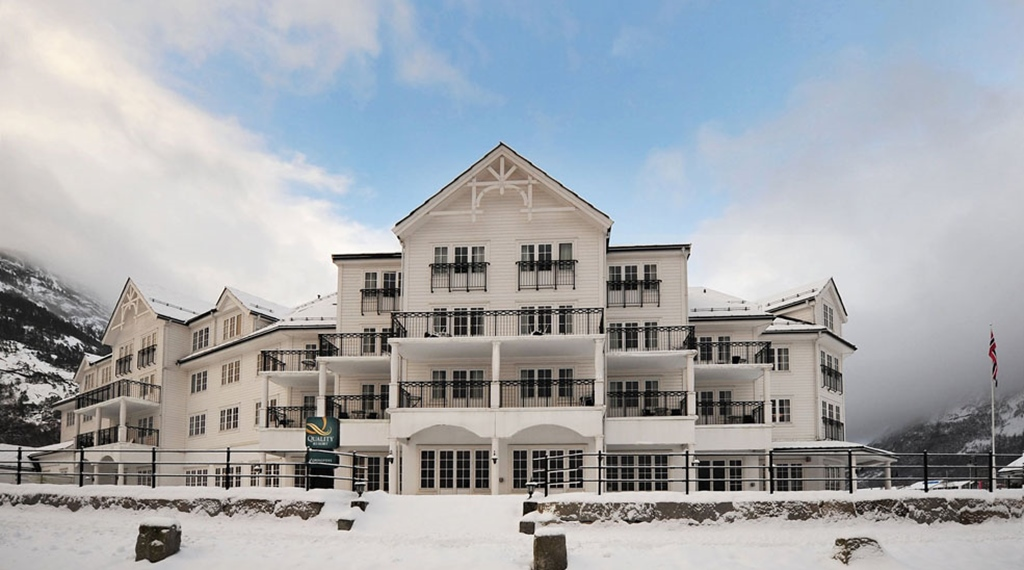 The snow-covered facade in winter at Quality Voringfoss Hotel in Eidfjord
