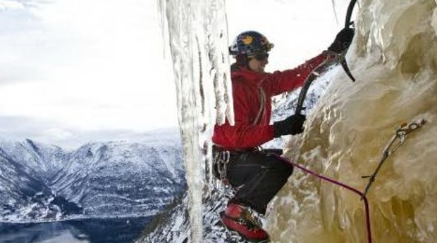 Take advantage of the perfect conditions for ice climbing at Quality Voringfoss Hotel in Eidfjord